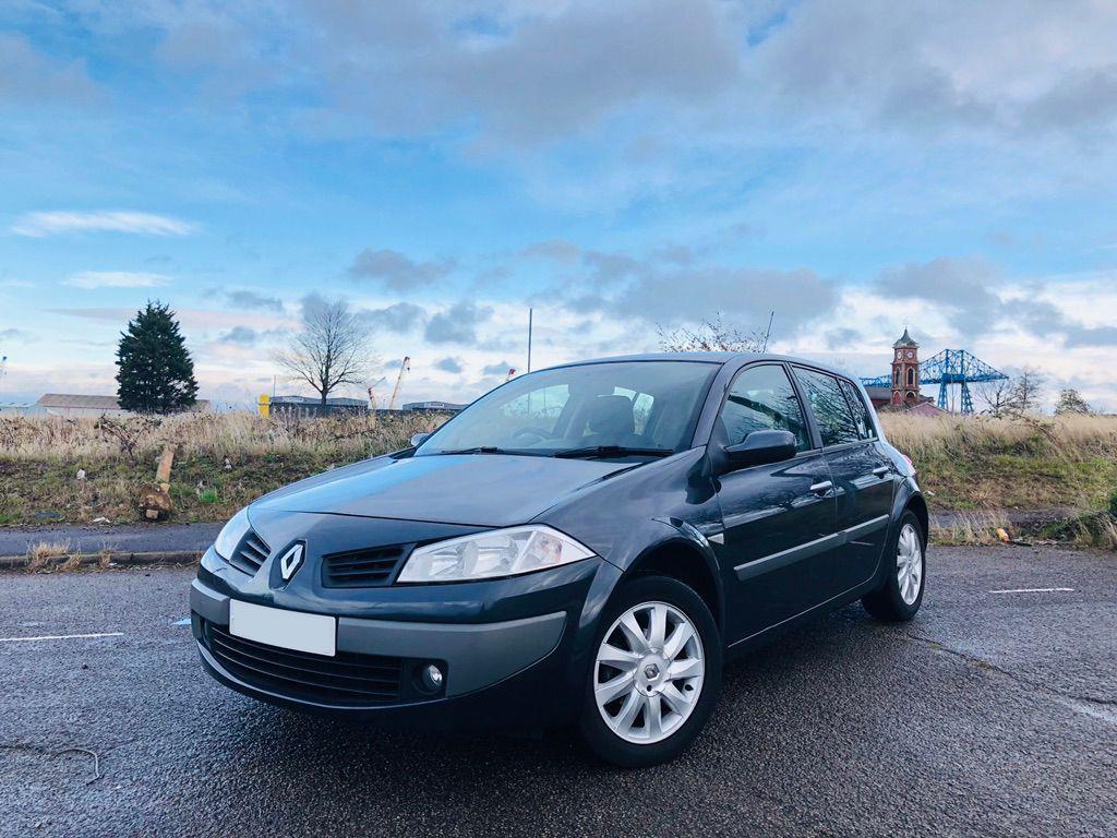 Renault Megane scrap car