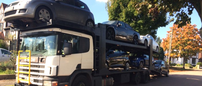 Scrap car collection in Hull