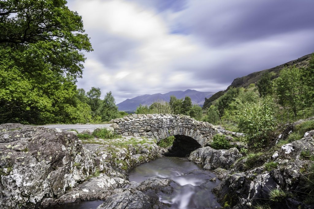 Romantic drive in the Lake District